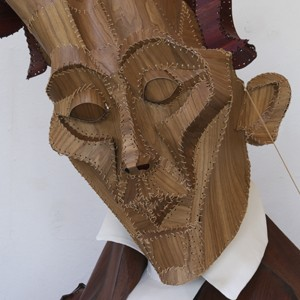 Eveline van Duyl Kierkegaard 150 × 200 × 45 cm, 2014 madera, cuero, textil